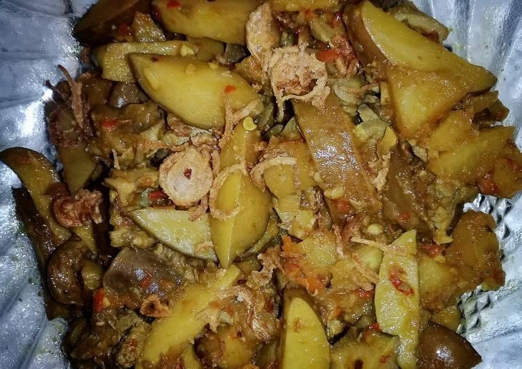 Sambal goreng ati ampela kentang jengkol