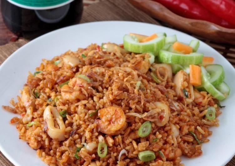Nasi Goreng Sea Food ala Maharani E.H. (Chinese Food)