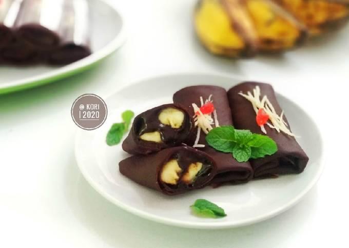 Resep Dadar Gulung Coklat Pisang yang Enak