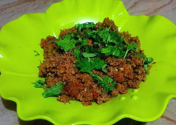 Simple Way to Prepare Speedy Green chilli qeema
