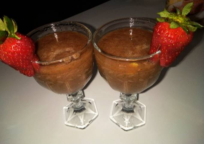 Strawberries and cucumber smoothy
