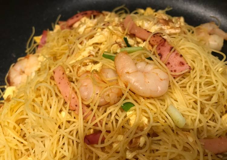 On diets version of  Star Fried Rice Pasta 減肥吃的星洲炒米