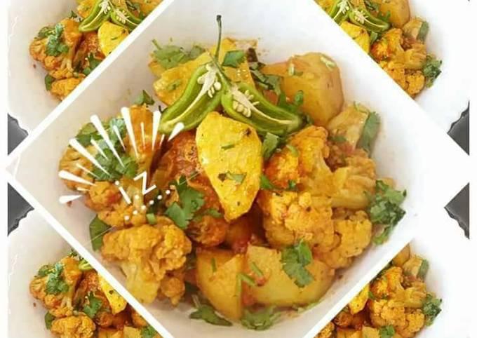 🥗Aloo Gobhi🥗 (cauliflower and potato curry)