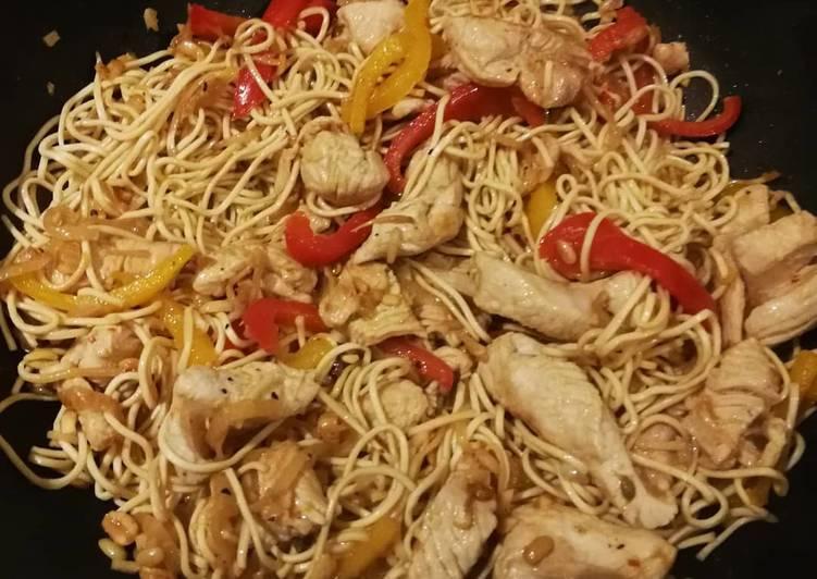 Nouilles chinoises au wok