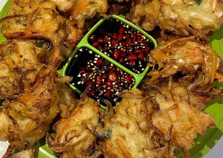 Bakwan sayur (bala-bala)