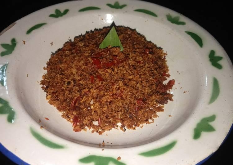 Serundeng kelapa bumbu rujak - cookandrecipe.com