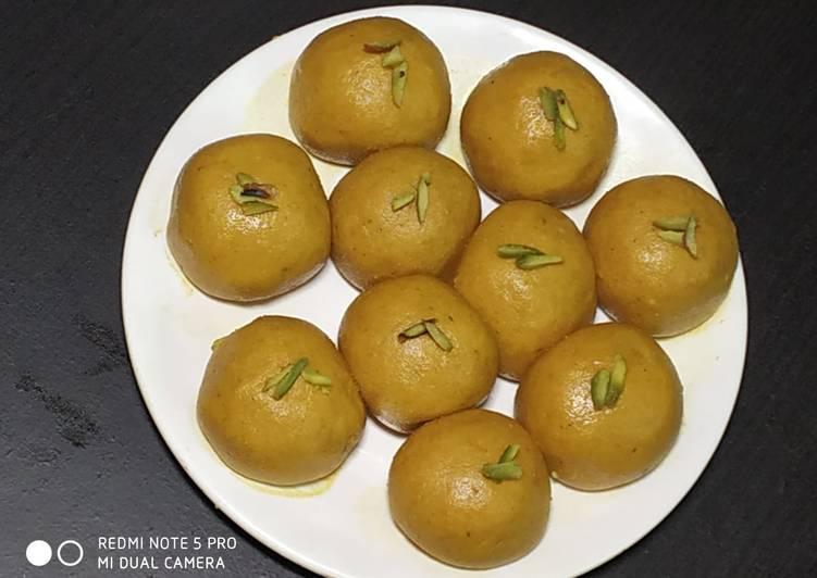 Recipe of Any-night-of-the-week Besan ke laddu