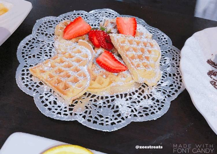 Yummy waffles and strawberries