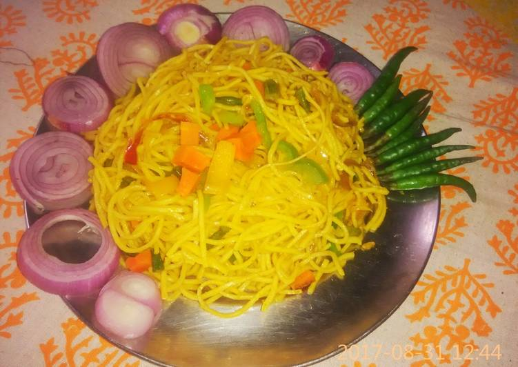 Veg noodles in indian style