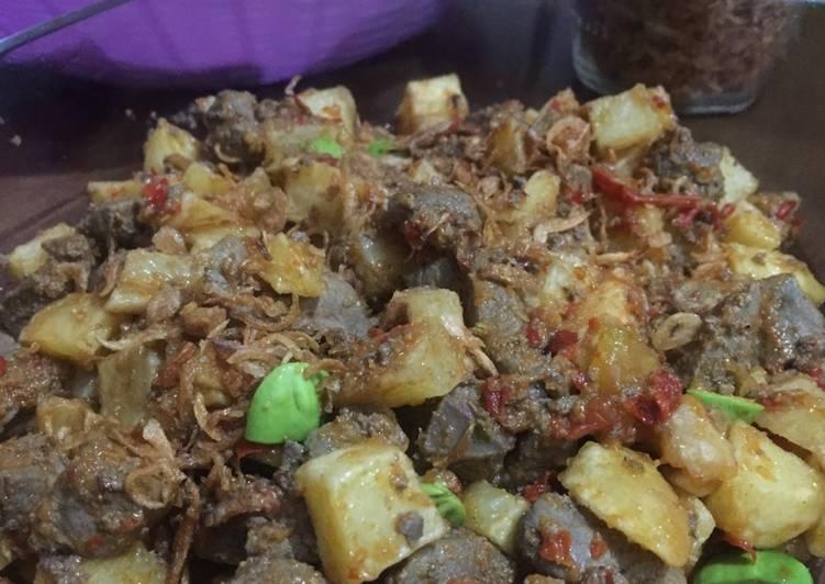 Sambal goreng ati sapi kentang petay