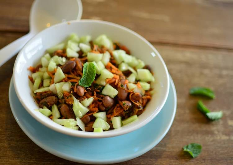 Recipe of Super Quick Homemade Kidney Bean Salad with Mint & Honey Dressing