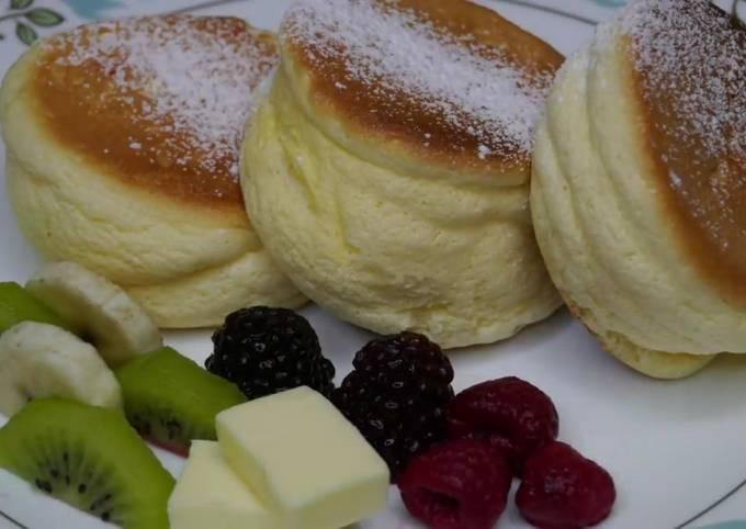 Japanese Souflè Pancakes