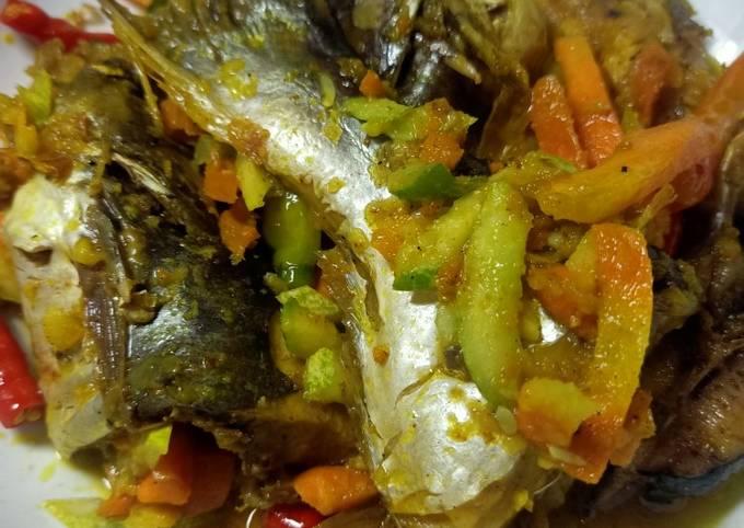 Cara Mudah Memasak Ikan patin bumbu acar kuning yang…