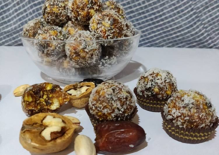 Steps to Prepare Most Popular A Date with Nuts