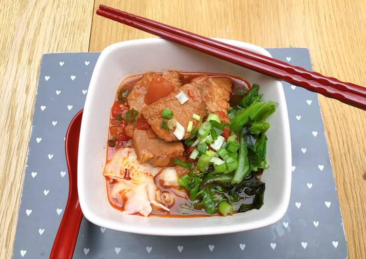 How to Make Quick Taiwanese braised pork noodle soup