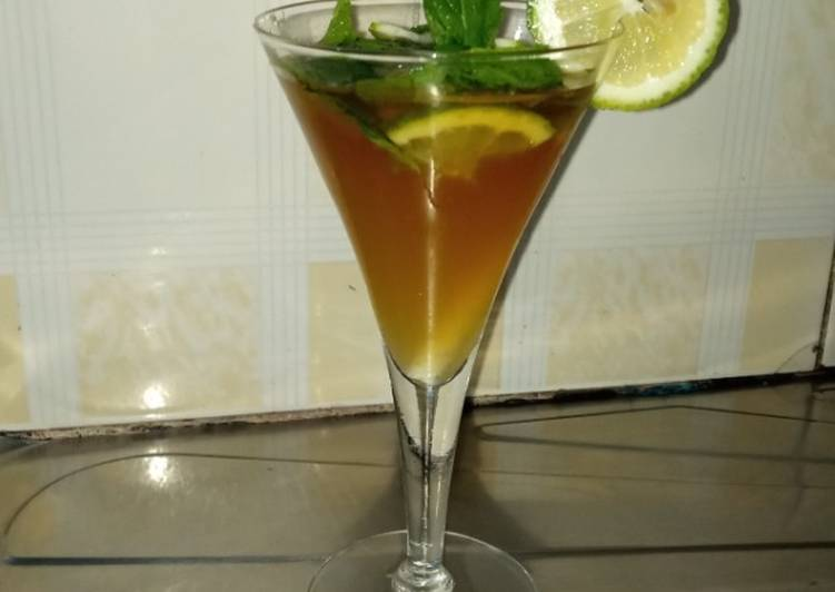 Recipe: Yummy Cocktail