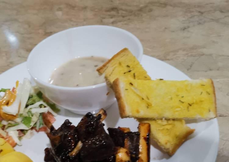 Roti bawang putih aka Garlic Bread - resepipouler.com