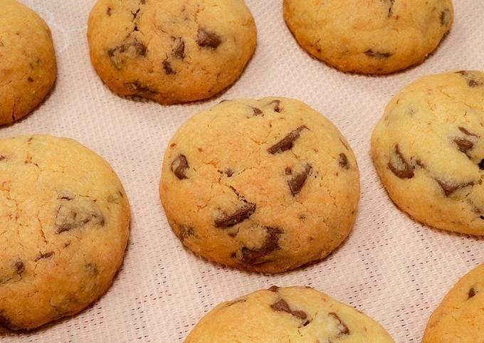 Crunchy Chocolate Cookies 🍪   Easy Recipe