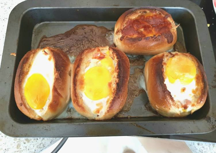 My Cheesey Bacon & Egg in a bread basket. 😁