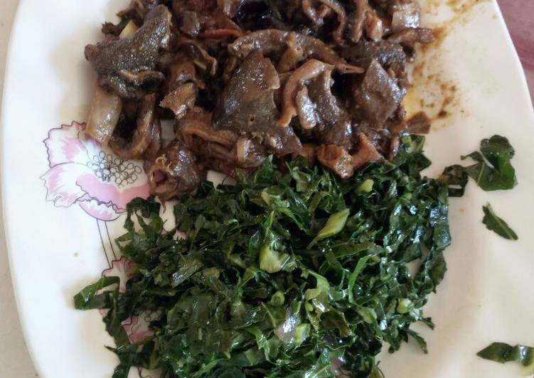 Recipe of Ultimate Matumbo stewed with greens