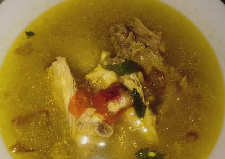 Sop ayam madura kuah segar
