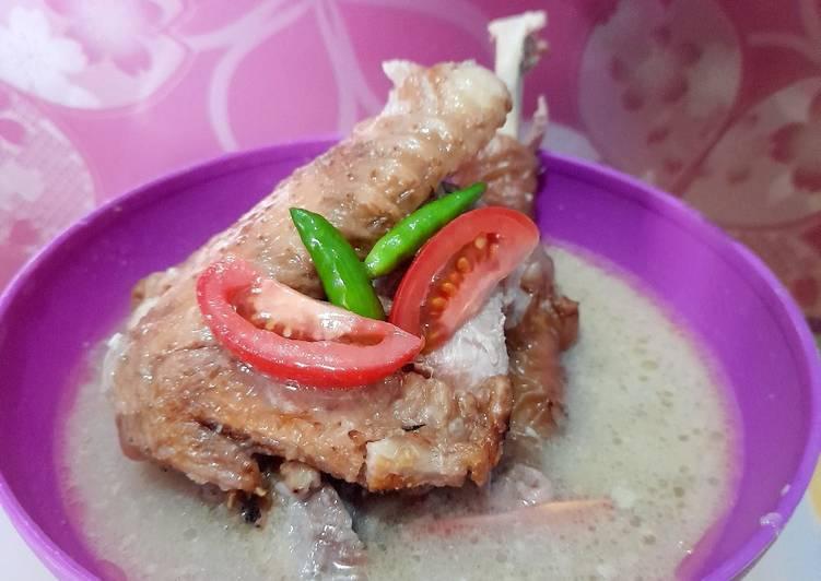 Opor Ayam Kuah Putih (Ayam Kampung Bakar)