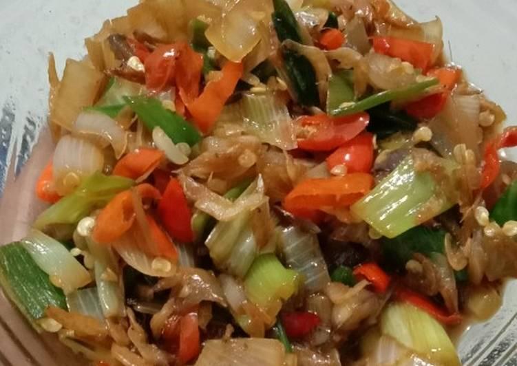 Resep Sambal tumis daun bawang Yang Mudah Enak