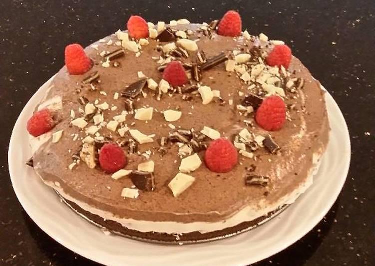 White Chocolate Mint Cream Torte with Chocolate Cream Topping