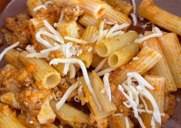 Macarrones de mozzarella y carne picada