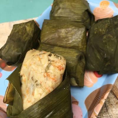 Buras Mie daging (arem-arem)