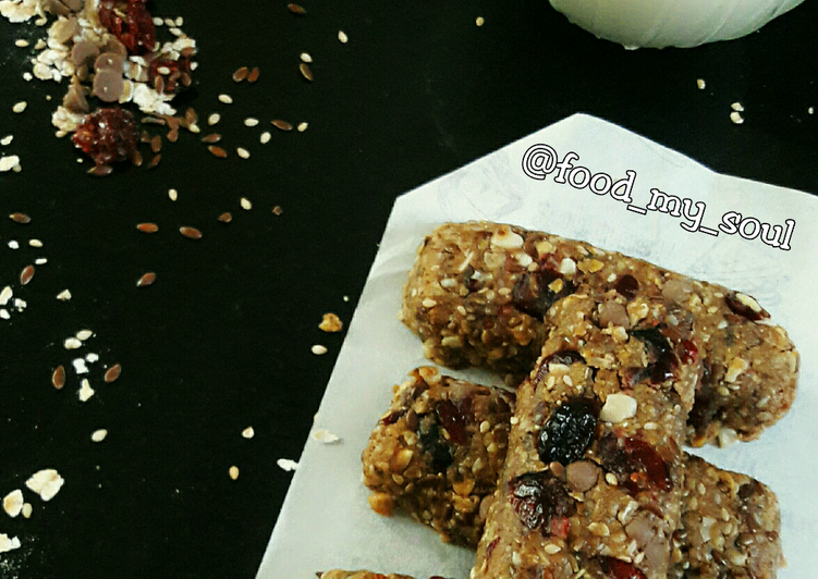 Deciding On The Best Foods Can Help You Stay Fit And Also Healthy Protein Rich Energy Bar No Bake
