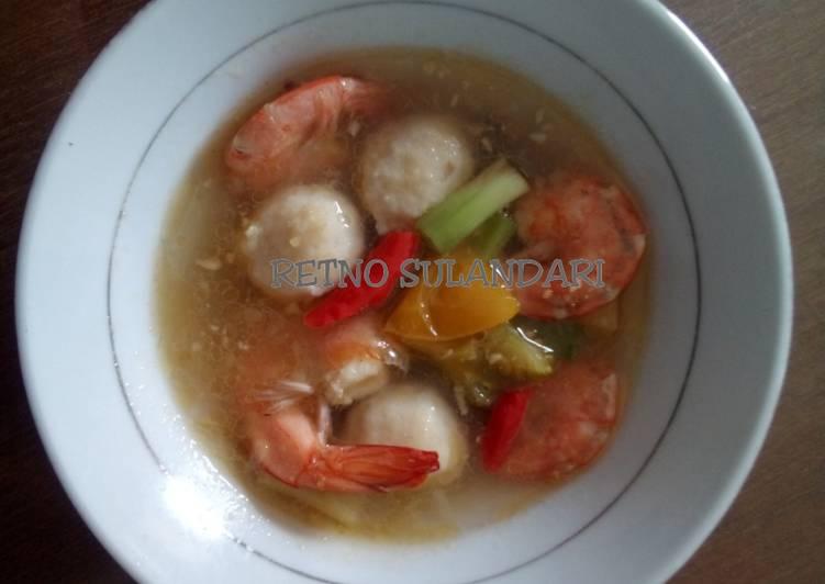 Sup udang bakso