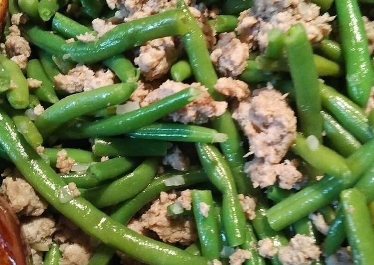 Spiced Pork and Green Beans