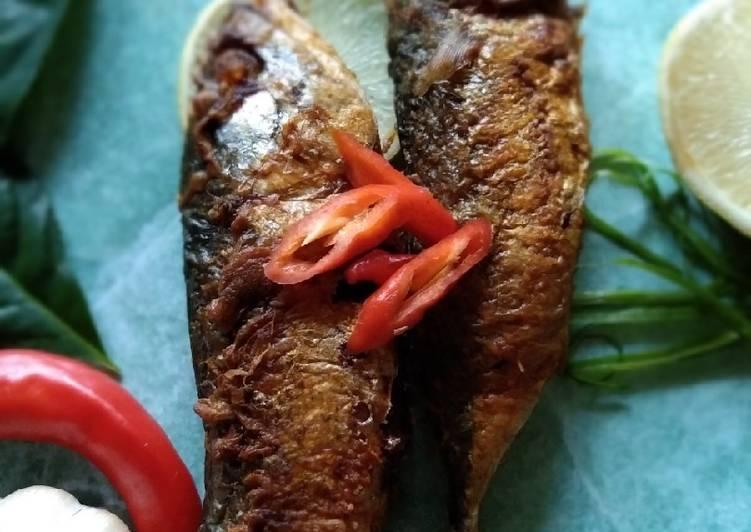 Ikan kembung isi kentang