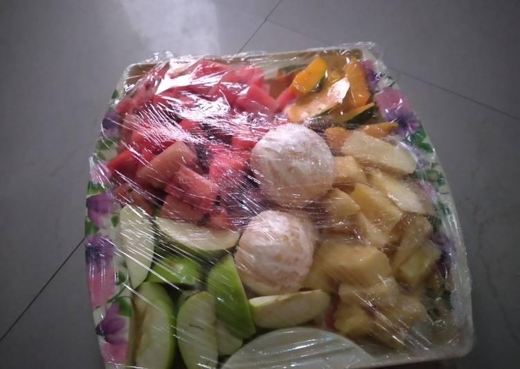 How to Prepare Favorite Fruit salad
