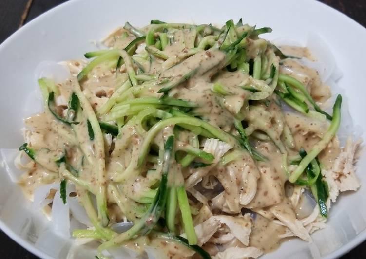 Cold Noodles & Shredded Chicken with Sesame Sauce 涼拌雞絲粉皮