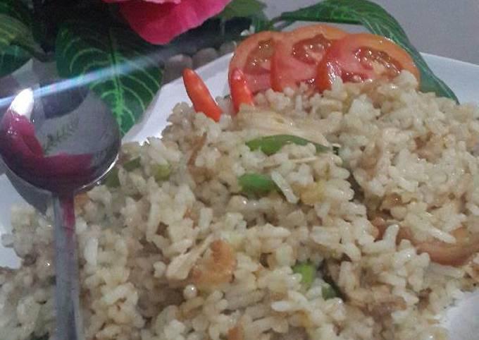 Langkah-Langkah Membuat Nasi goreng ebi yang Bisa Manjain Lidah