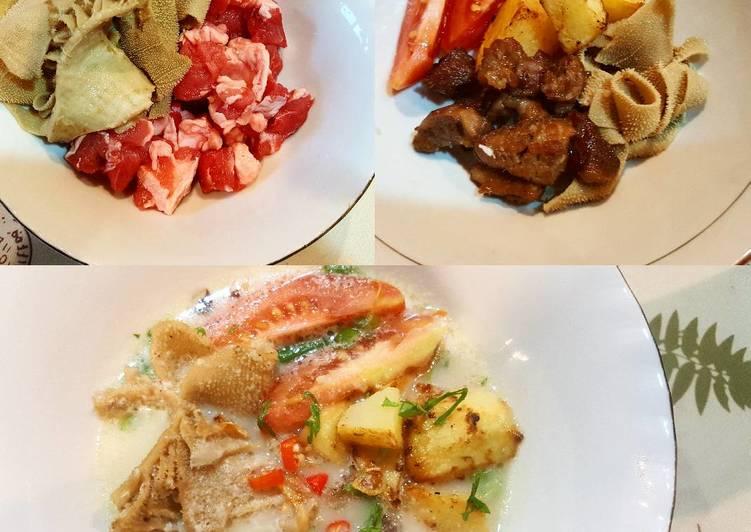 Soto Betawi Susu (babat + daging sapi)