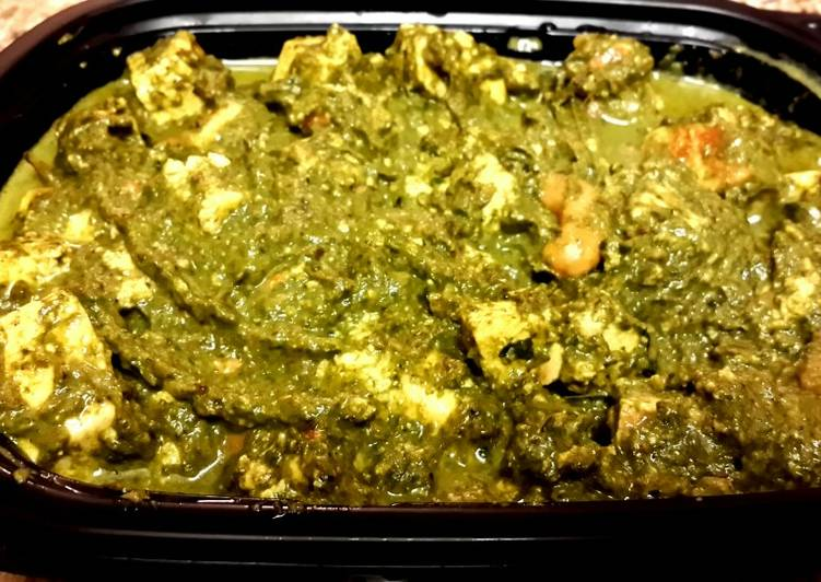 Recipe: Appetizing Palak paneer(Spinach and cottage cheese curry)