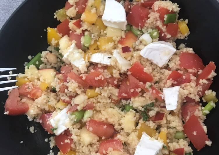 Salade de couscous épicée et chèvre frais !