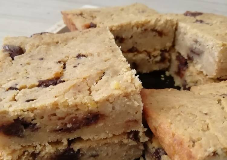 Recipe of Ultimate Blondie vegan et gluten free au pois chiches