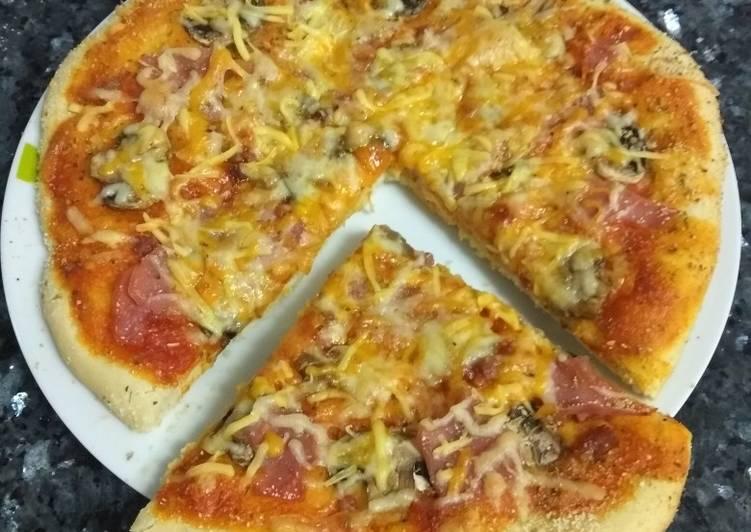 Pizza con masa esponjosa