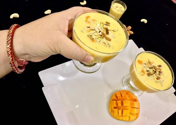 Mango falooda (without jelly and ice cream)