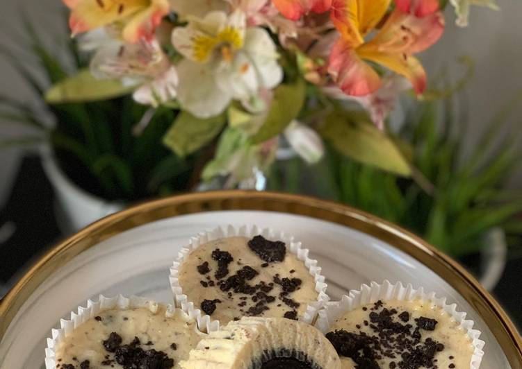 How to Prepare Quick Oreo Cream Cheese Cupcake