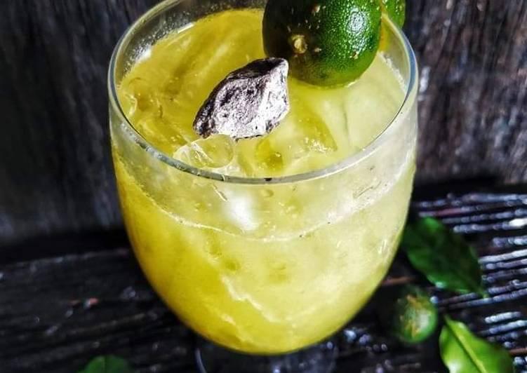 Lime Juice Asam Boi - #Minuman #MaratonRaya #Minggu2 - resepipouler.com