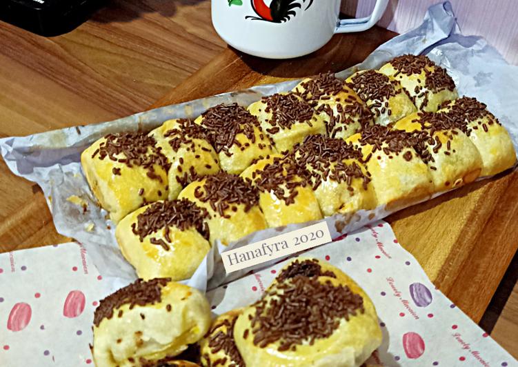Cara Membuat Bollen pisang coklat keju Untuk Pemula!