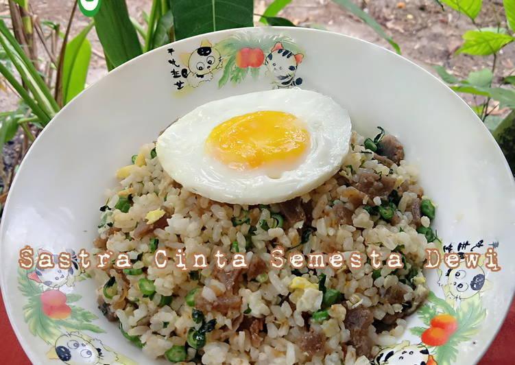 Panduan Menyiapkan Nasi Goreng Mawut (Telur 3in1) Lezat Sekali