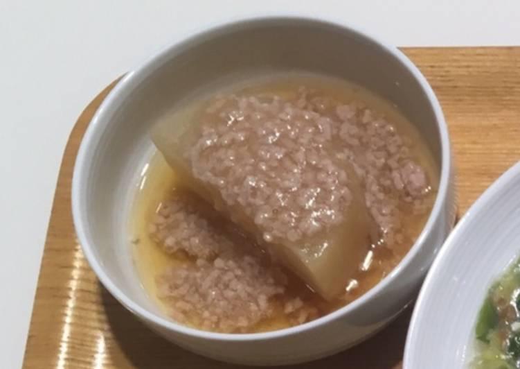 Recipe of Quick Japanese radish with soboro sauce of pork