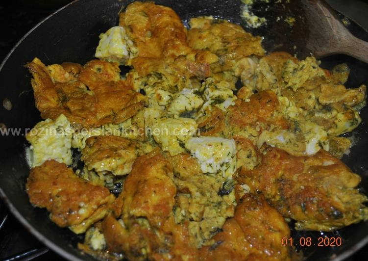 Persian Scrambled eggs with Feta Cheese and Dillپنیر برشته گیلانی