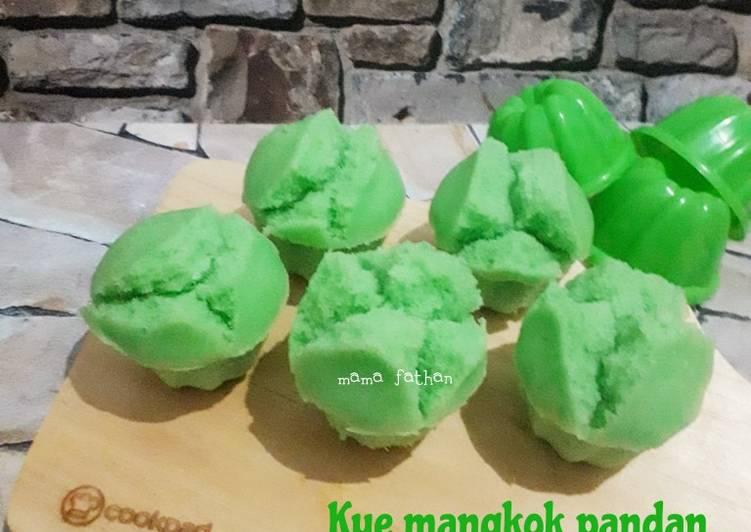 kue-mangkok-pandan